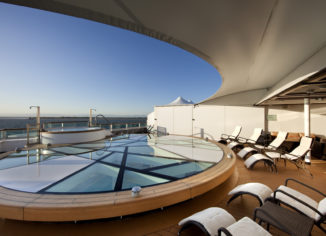 What Is Difference Between Luxury Hotels And Budget Hotels?